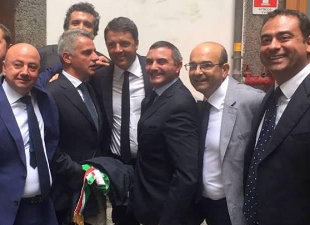 Documento dei sindaci del vesuviano consegnato al Premier Renzi in Prefettura: serve un'accelerazione al COndono e l'intervento della Regione Campania