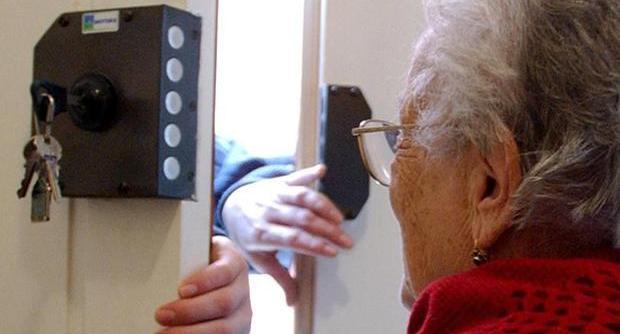 """Truffa ad un'anziana arrestato il malvivente. Il sindaco Zinno: """"Allerta alta, denunciate gli episodi"""""""