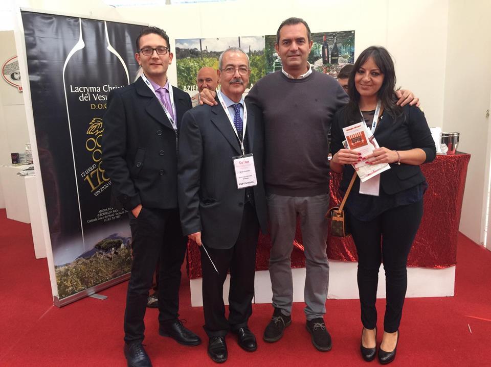 """Allergie e sicurezza alimentare: è arrivata l'App """"MangiaSicuro"""" presentata all'Expo Gustus 2016 Napoli"""