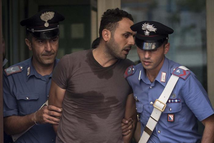 OMICIDIO AVINO – Trenta anni a Nunzio Annunziata: aveva ammazzato in strada l'ex compagna a colpi di pistola