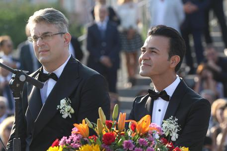 """Stato Civile (l'amore è uguale per tutti)"""": domani sera in seconda serata su Rai Tre la storia d'amore di Giorgio Zinno e Michele Ferrante"""