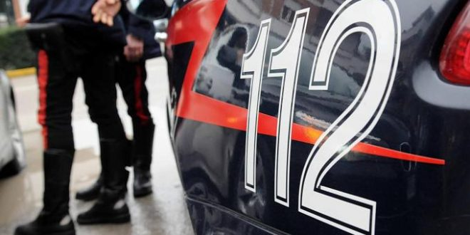 Ventottenne pollenese insegue in auto la sua ex ragazza la blocca, la picchia e la palpeggia, arrestato dai carabinieri