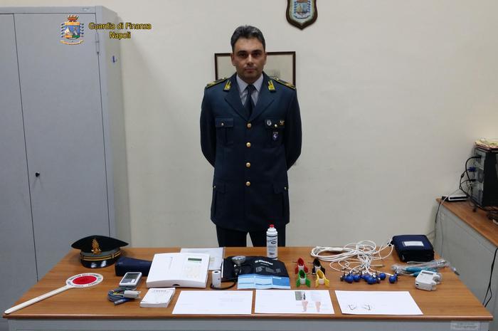 50 euro a visita, preso falso cardiologo: denunciato dalla Guardi di Finanza a Napoli subito dopo controlli ad anziana