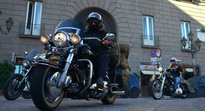 AL via la terza edizione di Mototerapia, la manifestazione benefica organizzata dal Moto Club I Vesuviani