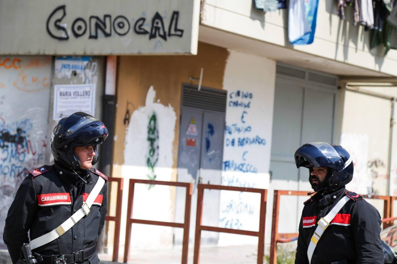 POLVERIERA CONOCAL – Dentro il rione della droga conteso storicamente da due clan, oggi nel mirino degli emergenti