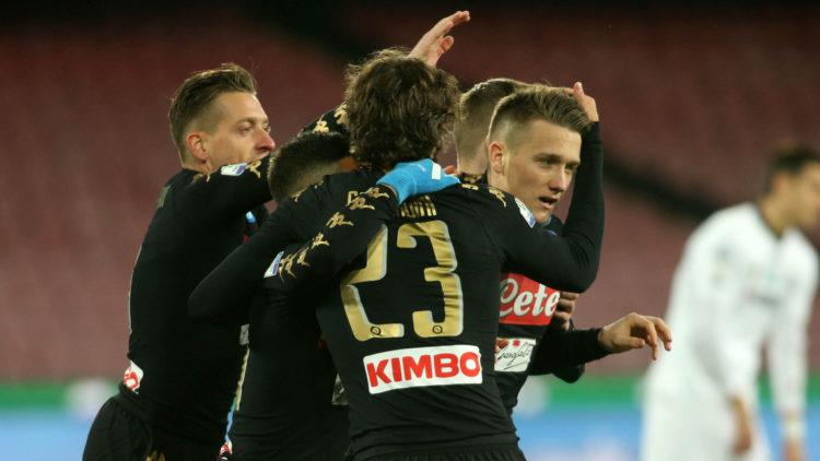 Coppa Italia, Napoli-Spezia 3-1 Debutto Pavoletti, nella ripresa gli azzurri chiudono la partita