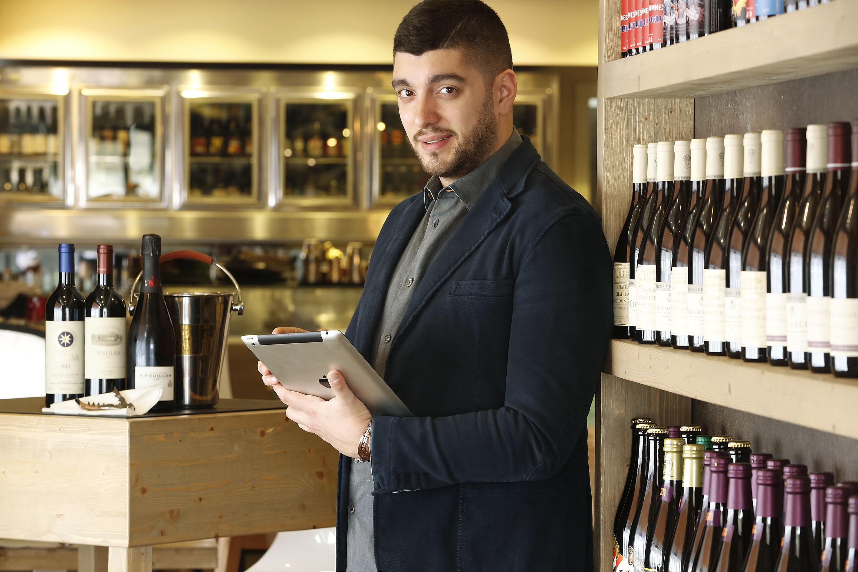 Da Gigione a Pomigliano d'Arco il menu si fa istantaneo: addio alla carta con App su misura e tablet