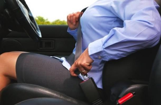 """""""Allaccia le cinture, allacciati alla vita"""": al via una campagna per la sicurezza stradale nel Vesuviano"""