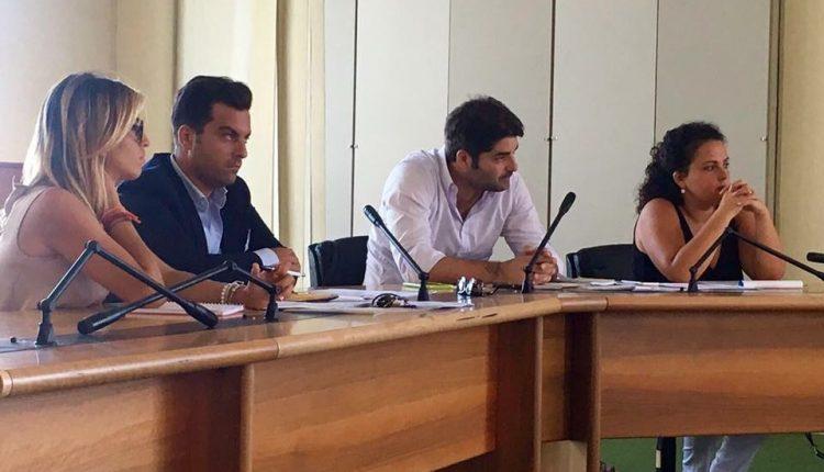 anno nuovo, vecchi debiti per l'amministrazione comunale a Massa di Somma, la denuncia di Salvatore Esposito