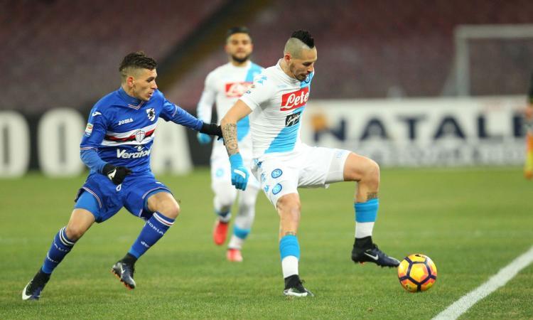 Napoli-Sampdoria 2-1, vittori strappata a capelli: autogol di Hysaj, pari di Gabbiadini e raddoppio di Tonelli