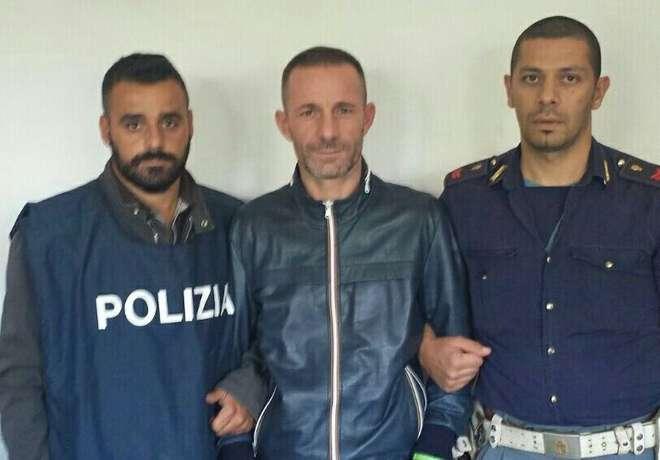 Faida Mazzarella-Rinaldi per la puzza di un garage: arrestati esecutori e mandante