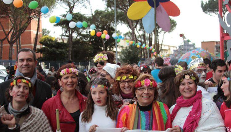 CARNEVALE A SCAMPIA 2017 Carri allegorici, falò e musica con la partecipazione delle scuole e delle associazioni del territorio