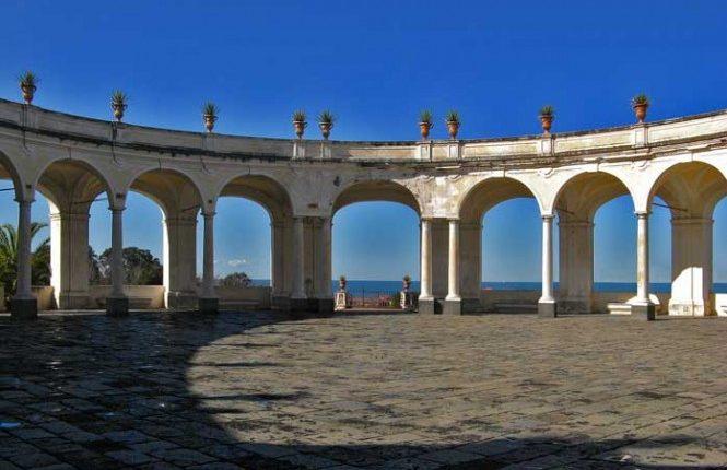 Una mostra al Mann su Carlo di Borbone e uno spettacolo su Ferdinando e Maria Carolina a Villa Campolieto
