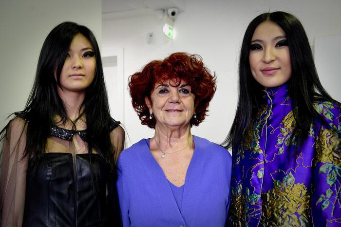Il ministro fedeli all accademia della moda la campania for Accademia moda napoli