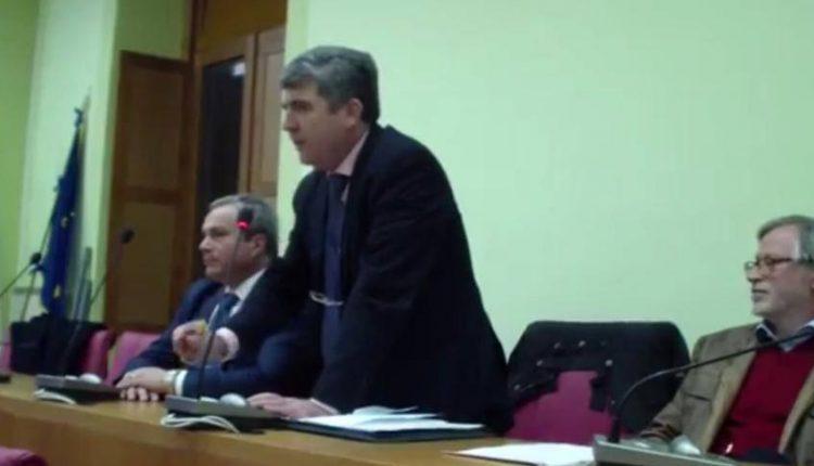 """Consiglio Comunale a Pollena Trocchia: marcati i confini che separano la maggioranza dalla minoranza. Francesco Addato: """"Non si programma e si vive di proroghe"""""""