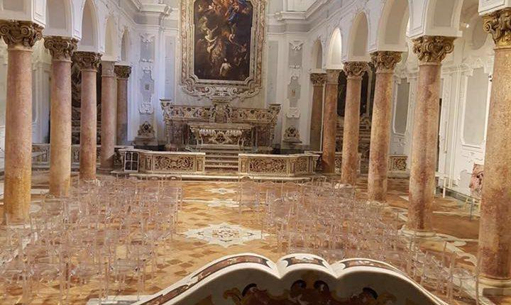 Menade, la donna di Giovanna Panico sposa Dionisio e balla sulla vita e sulla morte. Venerdì 31 marzo nella Chiesa dei Santi apostoli di Nola