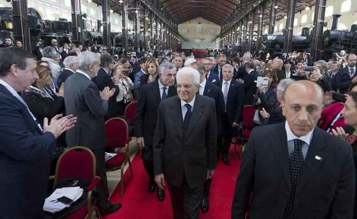 """Il Presidente della Repubblica Sergio Mattarella a Portici: """"Il Museo di Pietrarsa è bellissimo, lascia senza fiato"""""""
