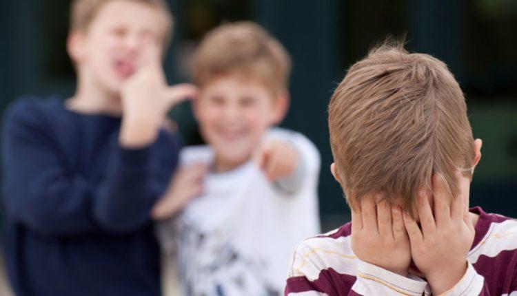 """Legalità e bullismo, gli alunni del I° Comprensivo Ten. M. De Rosa, dicono """"no"""""""