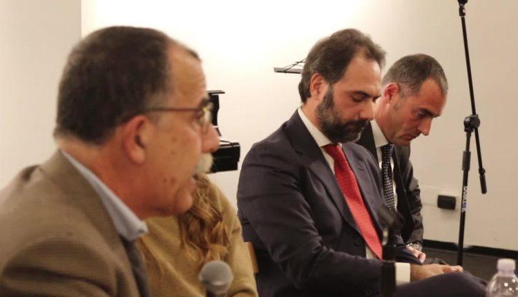 La presentazione del libro di Catello Maresca a Ottocento Napoletano, la prima in pubblico di Riccardo Russo in corsa per la poltrona a sindaco di Portici