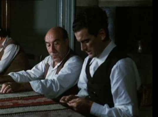 Le vie del Signore sono finite torna al cinema dopo 30 anni. Un modo per ricordare tre grandi napoletani: Massimo Troisi, Pino Daniele ed Enzo Cannavale