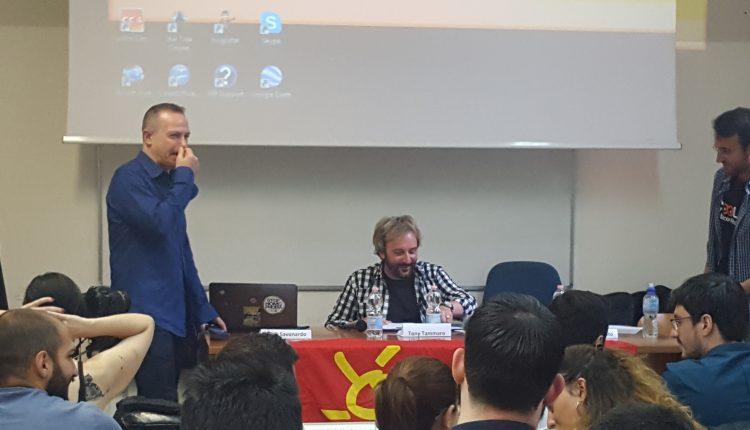 SALE IN CATTEDRA TONY  Al Dipartimento di Scienze Sociali Tony Tammaro e il Prof. Lello Savonardo a parlare di cultura e culture
