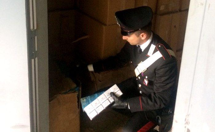 Sigarette, sequestro nel Napoletano (valore 100mila euro):erano custodite in un box di Volla