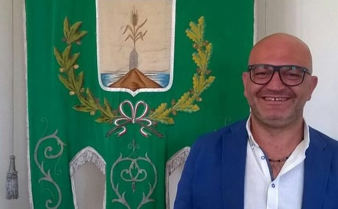 """RICEVIAMO E PUBBLICHIAMO Carmine Sarnataro: """"Amministrare la città dove si è nati è stupendo. Riaprire lo stadio è stata una soddisfazione che i vollesi non dimenticheranno mai"""""""
