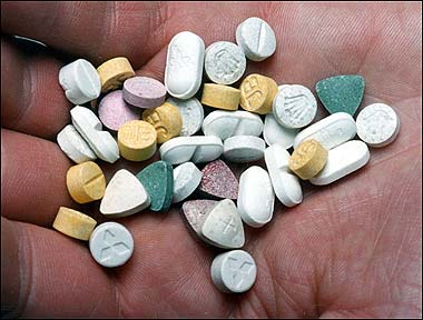 Spacciafava metanfetamine: arrestato al Centro Storico 44enne del Ghana