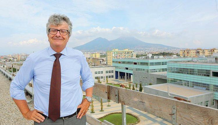 La iOS Developer Academy, l'Università cambia faccia: al Portici Science Cafèla conversazione-incontro col Prof. Giorgio Ventre