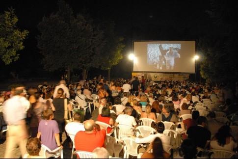 Arci Movie, dopo 23 anni niente cinema intorno al Vesuvio