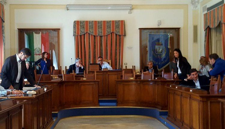 """Consiglio comunale a San Giorgio a Cremano su Sprar- Arci. L'opposizione: """"Chiediamo chiarimenti sulla gestione"""". La maggioranza: """" C'è la volontà di alzare un polverone e di gettare fango"""""""