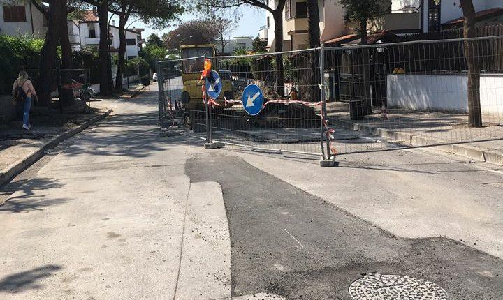 """San Sebastiano al Vesuvio – Lavori Gori a Via Leonardo Da Vinci ma manca la cartellonistica: """"Abbiamo segnalato tutto alla Gori"""""""