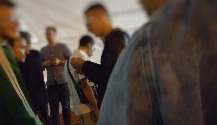 (PhotoGallery) Una sera di Movida a Pomigliano: tra parcheggiatori abusivi, consumo di alcol e droghe leggere