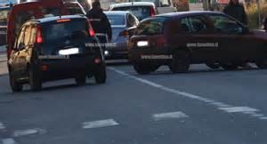 Pomigliano d'Arco. Incidente a Viale Alfa Romeo, coinvolte due vetture