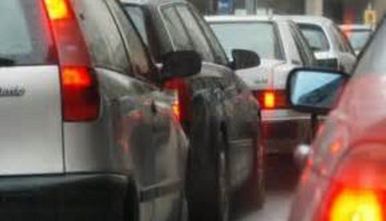 Divieto di circolazione a Napoli. A partire dal 1 ottobre traffico ridotto per le strade della città