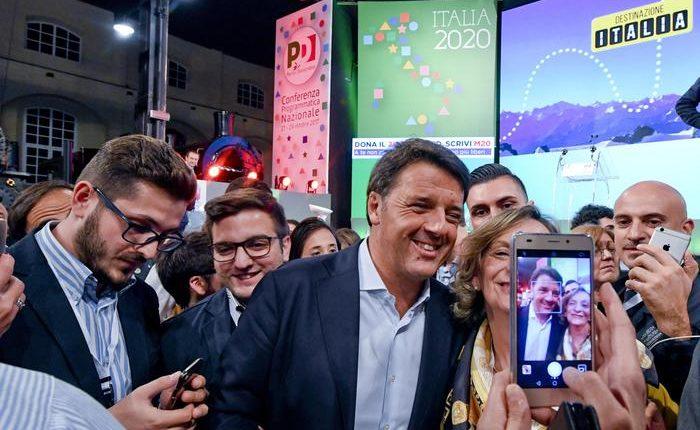 Matteo Renzi apre la convention Pd a Pietrarsa, oggi il Capo del Governo Gentiloni