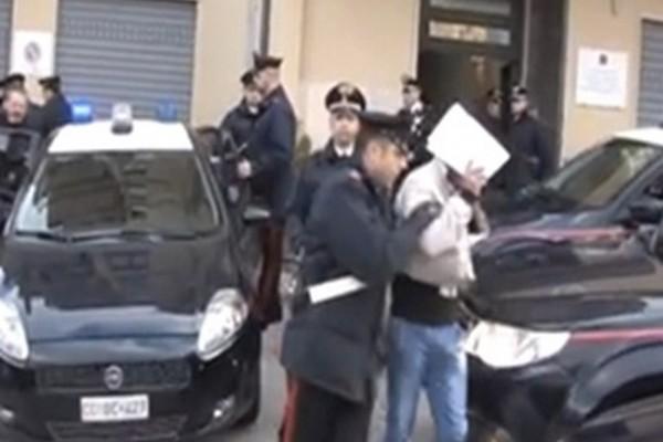 Napoli: arrestato affiliato dei Falanga. Precedenti per rapina ed estorsione