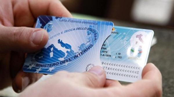 Verso la digitalizzazione e la semplificazione burocratica: a San Giorgio a Cremano arriva la carta di identità elettronica