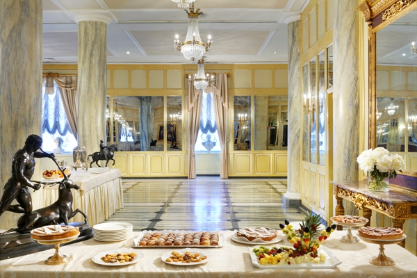 Azione contro la Fame: cena di beneficenza al Grand Hotel Parker's di Napoli