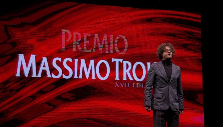 Premio Massimo Troisi –Torna il prestigioso palcoscenico sulla comicità a San Giorgio a Cremano:pubblicati i bandi di concorso