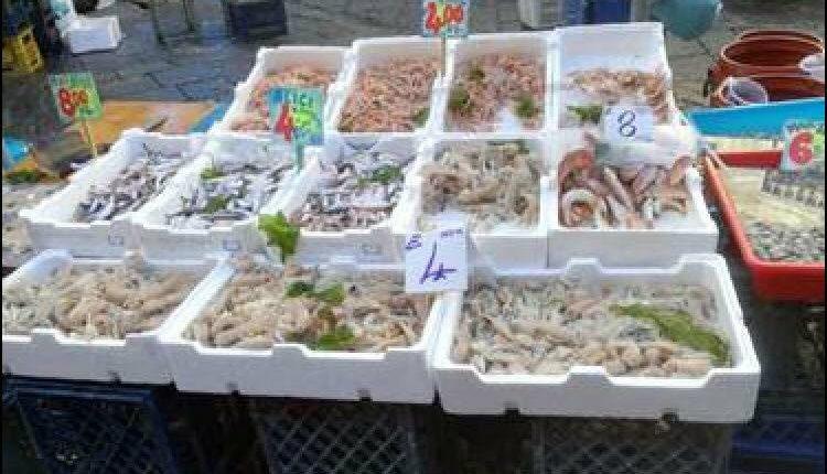 Portici. Blitz congiunto tra forze dell'ordine. Sequestrati 200 kg di prodotti ittici sul territorio. Sanzioni per una pescheria abusiva