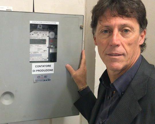 """Parte l'impianto fotovoltaico sul Municipio a Portici. Enzo Cuomo: """"Risparmio di 200mila euro l'anno che saneranno il bilancio in predissesto lasciato da marrone e co."""""""