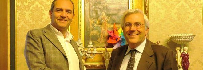 Il sindaco di Napoli Luigi de Magistris incontra il presidente dell'Ordine dei Giornalisti Carlo Verna