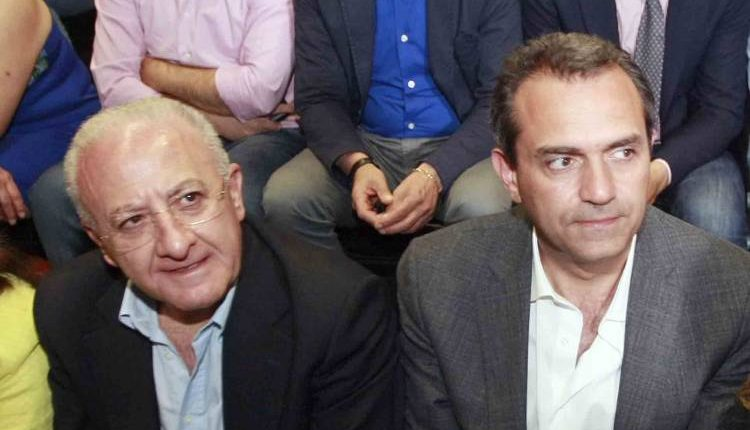 """Il sindaco di Napoli Luigi de Magistris risponde alle accuse di De Luca: """"E' evidente a tutti che il presidente della Regione non riesce ad avere senso delle istituzioni, probabilmente andrebbe un po' aiutato"""""""