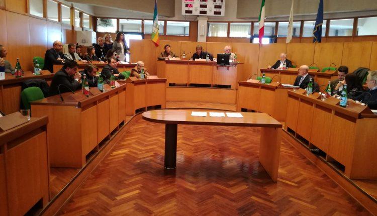 Portici dopo il voto – Probabile l'espulsione di un consigliere dal PD. Mentre le opposizioni si organizzano in una conferenza stampa novità anche in Campania Libera(?)
