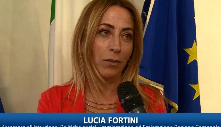 """Regione Campania: pubblicato l'avviso """"Scuola di Comunità"""" sul BURC"""