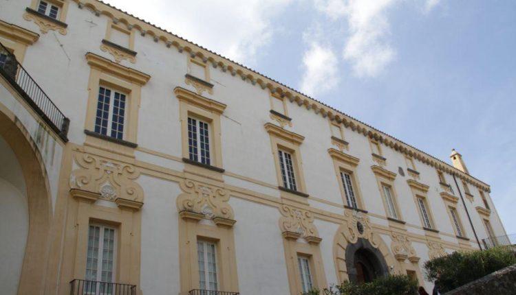 """Ottaviano, riapre il """"piano nobile"""" del Palazzo Mediceo, bene confiscato alla camorra"""
