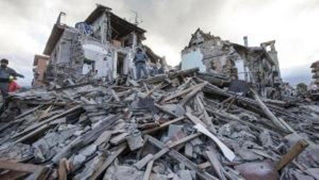 """""""Terremoto tra scienza, storia e comunicazione"""": a Ercolano uno dei 40 incontri per spiegare ai ragazzi come si vive in una Paese a rischio sismico"""