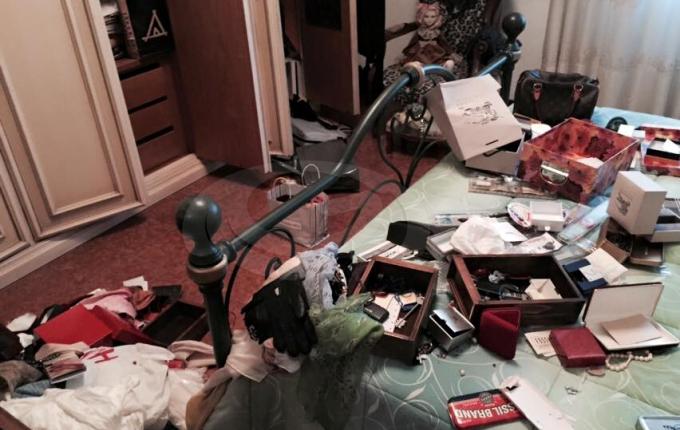 Terrore in contrada Guadagni a Pomigliano d'Arco, una donna sequestrata e derubata nella sua abitazione