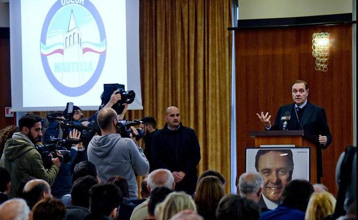 """Clemente Mastella presenta l'Udeur 2: """"Riprendiamo storia interrotta da umiliazioni e costituiremo l'arcipelago delle isole democristiane"""